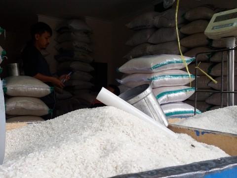 Dinsos Sumsel Siapkan Ratusan Ton Beras untuk Korban Bencana