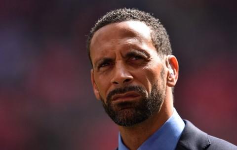 Rio Ferdinand Tunggu Lamaran Manchester United