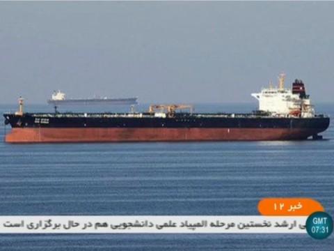 Dua Kapal Tanker Diserang Torpedo di Teluk Oman