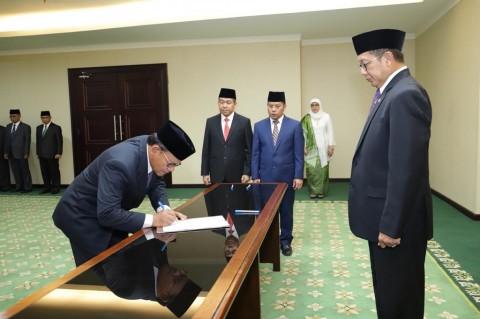 Komaruddin Hidayat Resmi Jadi Rektor UIII
