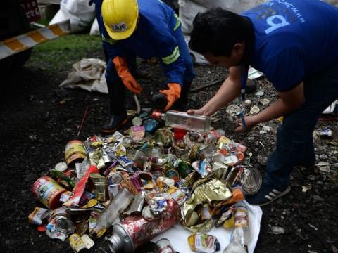 Kanada Tak Berniat Ambil Sampahnya Dari Malaysia