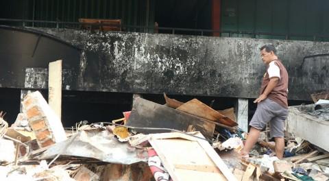 Nasib Pasar Kosambi Belum Ditentukan