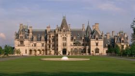 Lima Bangunan Saksi Sejarah dengan Desain Memukau