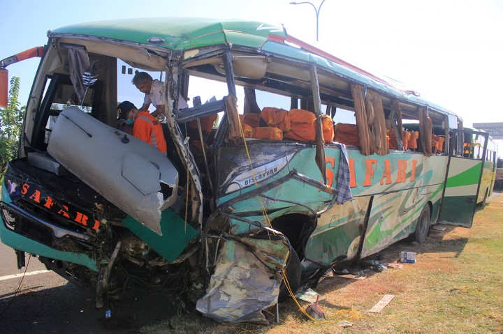 12 Orang Tewas dalam Kecelakaan Beruntun di Tol Cipali