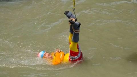 Pesulap India Lenyap di Sungai Usai Tampilkan Trik ala Houdini