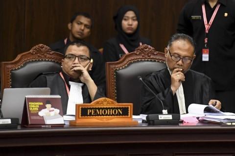 Kuasa Hukum Prabowo-Sandi Pernah Ikut Lelang di KPU