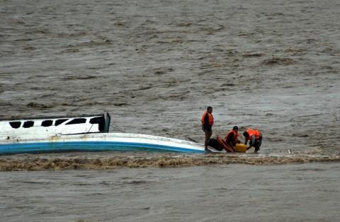 Kapal Tenggelam di Sumenep Diduga Kelebihan Muatan