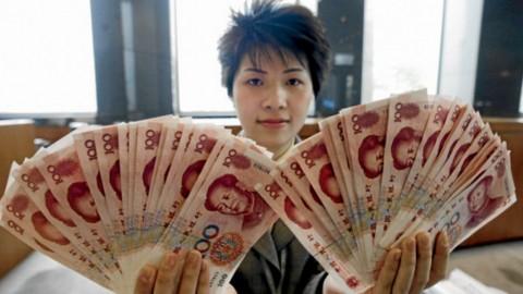 Yuan Tiongkok Digilas Dolar AS