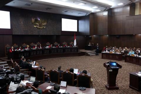 Hakim Terima Bukti Amplop dari Kubu Prabowo