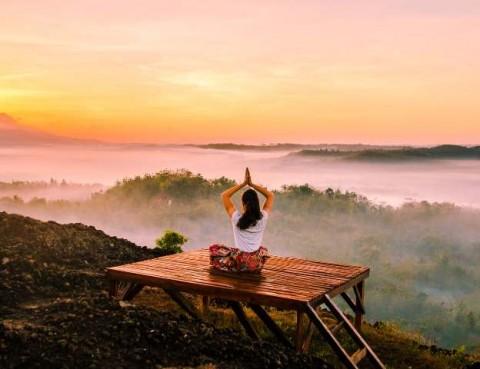 Gerakan Yoga yang Membantu Mengelola Masalah Pernapasan