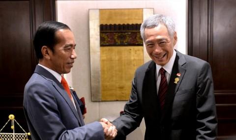 Jokowi dan PM Hsien Loong Bahas <i>Leaders Retreat</i>