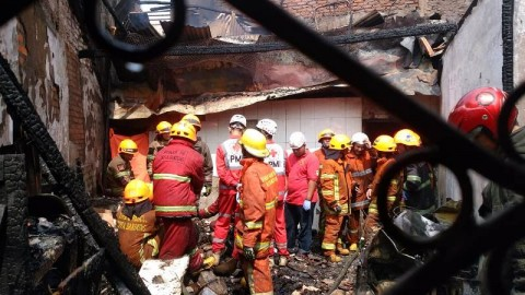 Kebakaran Rumah di Kota Bandung Tewaskan Dua Orang