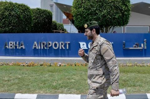 Serangan Houthi di Bandara Saudi Lukai 21 Warga Asing