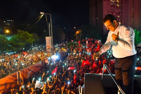 Turki Rasakan Gairah Nasional untuk Menentang Erdogan