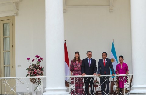 Presiden Jokowi Sambut Kedatangan Presiden Argentina