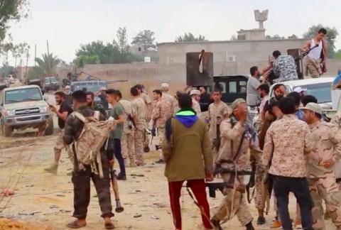 Pasukan Libya Rebut Kota Kunci dari Pemberontak