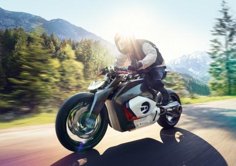 BMW Vision DC Roadster Setia dengan Gaya Mesin Boxer