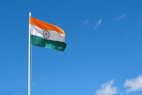 India Mau Buat Aplikasi Chatting Sendiri?