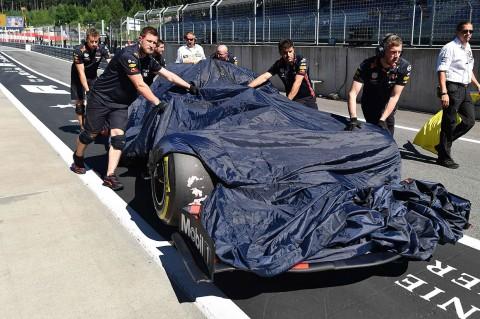 Bottas dan Verstappen Kecelakaan di GP Austria