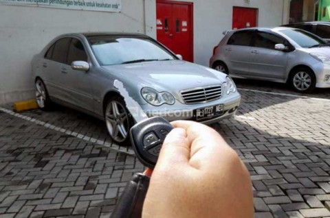 Ciri-Ciri Baterai Remote Mobil 'Minta' Ganti Baru