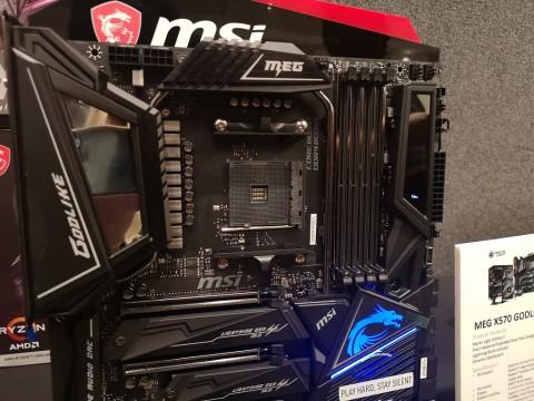 MSI Pamer Jajaran Motherboad AMD X570