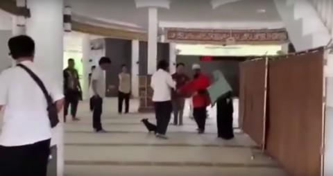 Perempuan Pembawa Anjing ke Dalam Masjid Menjadi Tersangka