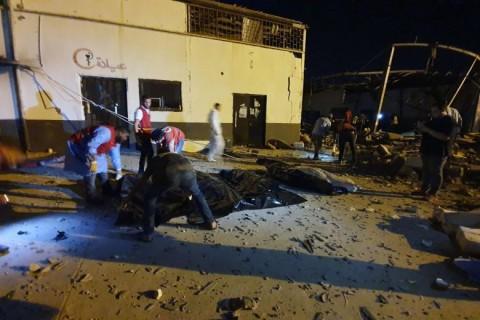 Serangan Udara Sasar Kamp Imigran Libya, 40 Tewas