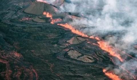 Gunung Mauna Loa Hawaii Berstatus Siaga