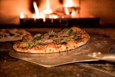 Sejarah Panjang Pizza,  Makanan si Miskin Hingga Anggota Kerajaan