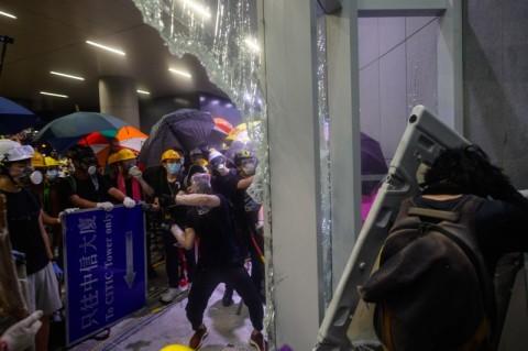 Inggris Panggil Dubes Tiongkok Terkait Protes Hong Kong