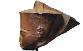 Patung Firaun Tutankhamun Laku Terjual Rp83 Miliar