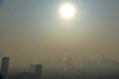 Anies Wajibkan Bengkel di Jakarta Punya Alat Uji Emisi