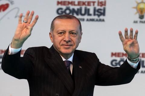 Erdogan Desak Haftar Hentikan Serangan di Libya