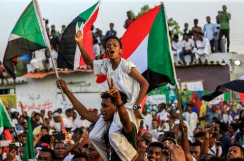 Sudan Tempuh Langkah Pertama Menuju Transisi Demokratis