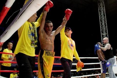 Profil Tibo Monabesa Petinju NTT yang Jadi Juara Dunia Versi IBO