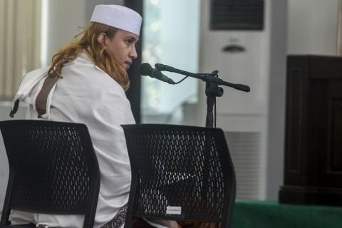 Bahar bin Smith Divonis 3 Tahun Penjara