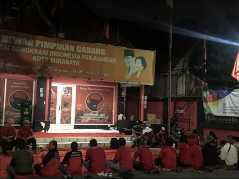 Massa PDIP di Surabaya Kecewa Keputusan Megawati