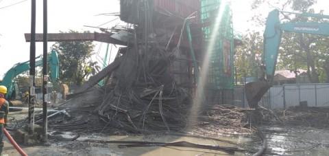 Dua Pekerja Terluka Akibat Tiang Pancang Tol Borr Ambruk