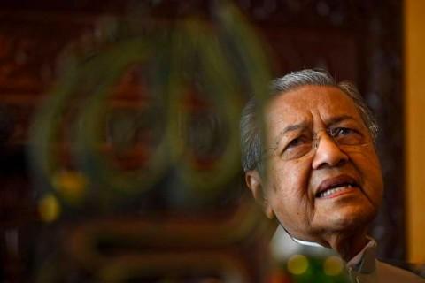 Mahathir Menanggapi Peran Transgender dalam Pemerintahan