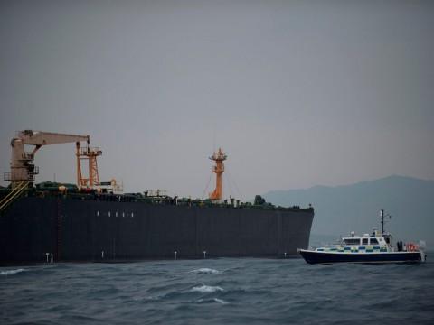 Trump Ancam Sanksi Iran terkait Kapal Inggris
