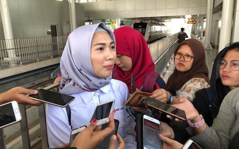 211 Ribu Orang Jajal LRT