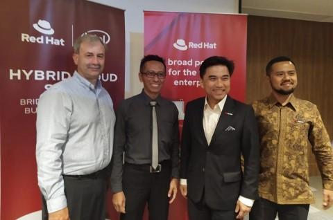 Red Hat Bantu Perusahaan Gunakan Hybrid Cloud