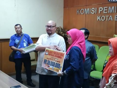 KPU Menyantuni Keluarga Petugas KPPS yang Gugur