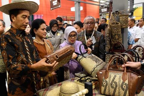 Jokowi Buka Pameran Karya Kreatif Indonesia di JCC