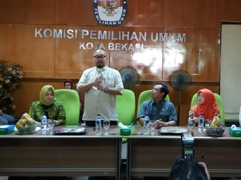 Komisi II DPR Akan Panggil DKPP soal Sanksi Komisioner KPU