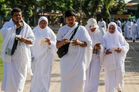 Penantian Petani Karet Riau untuk Ibadah Haji