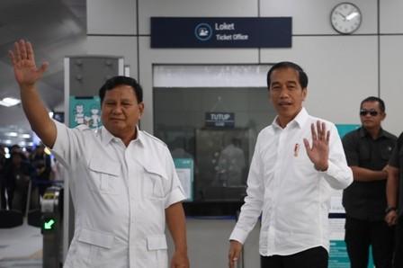 Prabowo Ucapkan Selamat kepada Jokowi