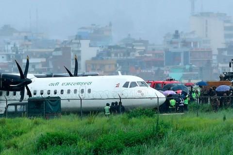 Pesawat Tergelincir, Bandara Nepal Ditutup