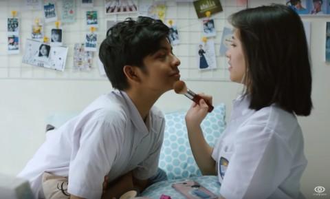 Dua Hari Tayang, Film Dua Garis Biru Raih 390 Ribu Penonton