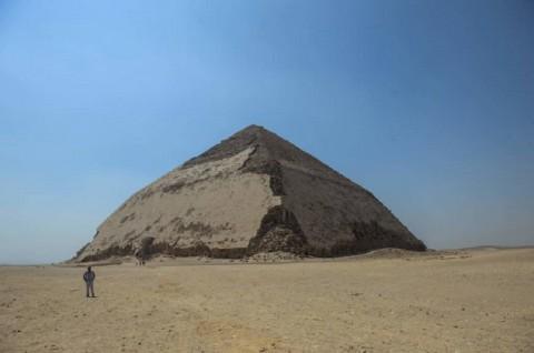 Pertama Sejak 1965, Mesir Buka Dua Piramida Kuno